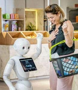 pepper bij home of retail een robot die je kan verwelkomen in de winkel