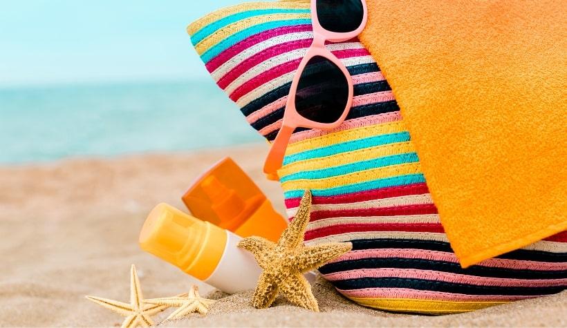 strandtas op het strand beleving artikel